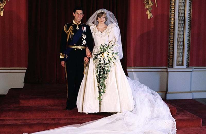 Платье-торт и не только: самые безвкусные свадебные наряды королевских особ