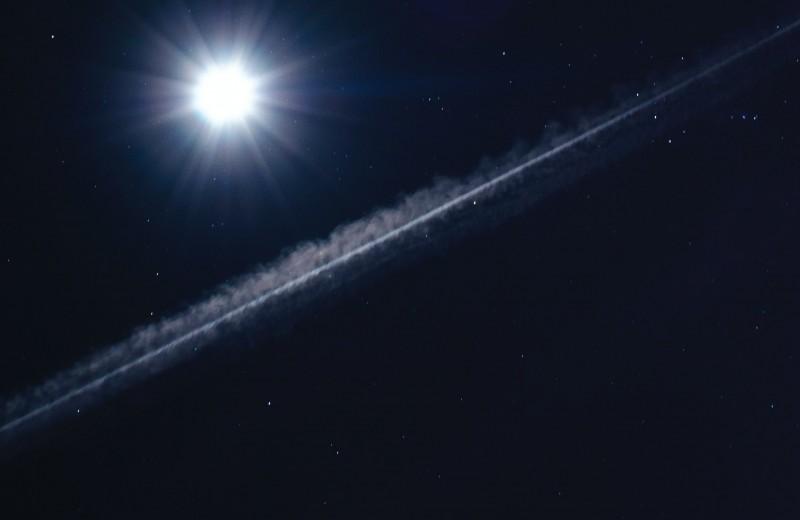 В любую точку Вселенной за минуту: новое о червоточинах