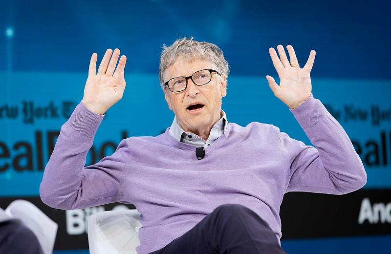 «Я напортачил»: Билл Гейтс назвал причину провала конкурента Android от Microsoft