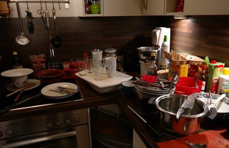 25 вещей, которые никто и никогда не должен хранить у себя дома (пора выкинуть!)