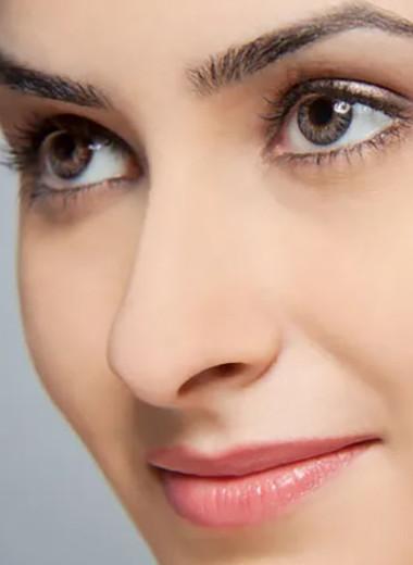 Красота по-французски: 7 секретов макияжа от парижского визажиста