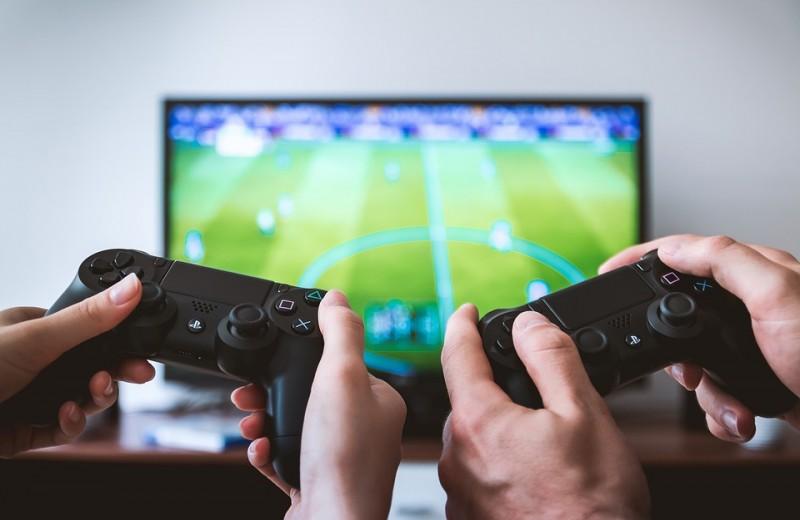 Игровые приставки 2019 года: какую выбрать?