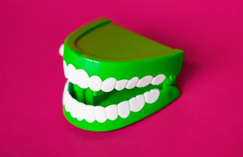 Как нужно чистить зубы: правила, окоторых вынезнали