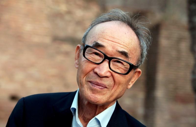 От деревенского могильщика до номинанта на Нобелевскую премию: как южнокорейский поэт Ко Ын стал живой легендой Азии