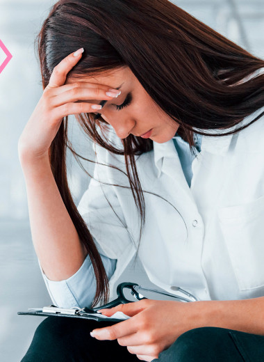 Женские гормоны: 9 начальников, которые тобой управляют