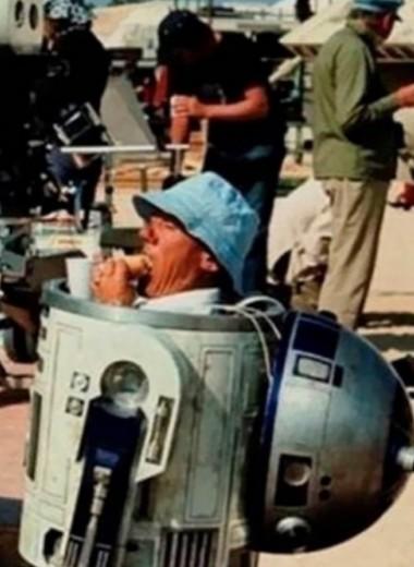 30 фотографий со съемок культовых фильмов (еще до компьютерной графики)