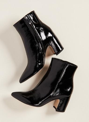 Новая классика: как и с чем носить черные джинсы этой осенью