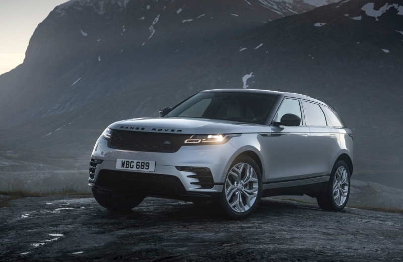 В будущее возьмут не всех (но с Range Rover Velar у вас больше шансов)
