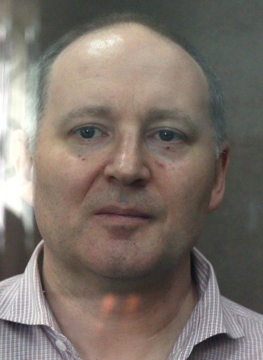 Минус 12 кг, сокамерник-переводчик: Bloomberg узнал условия содержания француза из Baring Vostok в СИЗО