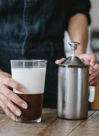 Изысканный ибодрящий колд брю: пошаговая инструкция поприготовлению холодного кофе