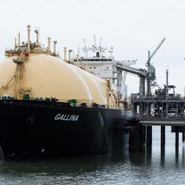 Дни независимости: на что влияют поставки газа из США в Восточную Европу