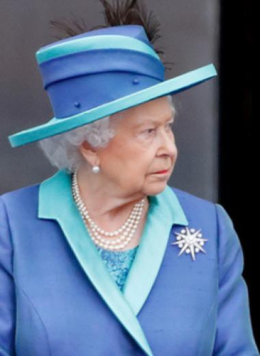 Дома поговорим: как Букингемский дворец спустил на тормоза конфликт с Меган и Гарри