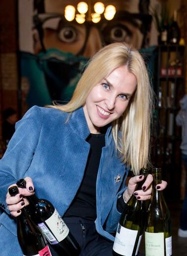 «Что бы ты ни поставил в карту, все равно будут пить Sauvignon Blanc». Сомелье о странной любви русских к зеленому вину и вкусах миллениалов