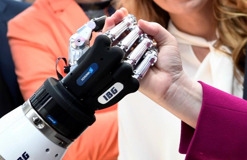 Включи мозги. Зачем нужен ЗОЖ, если нас скоро заменят роботы?