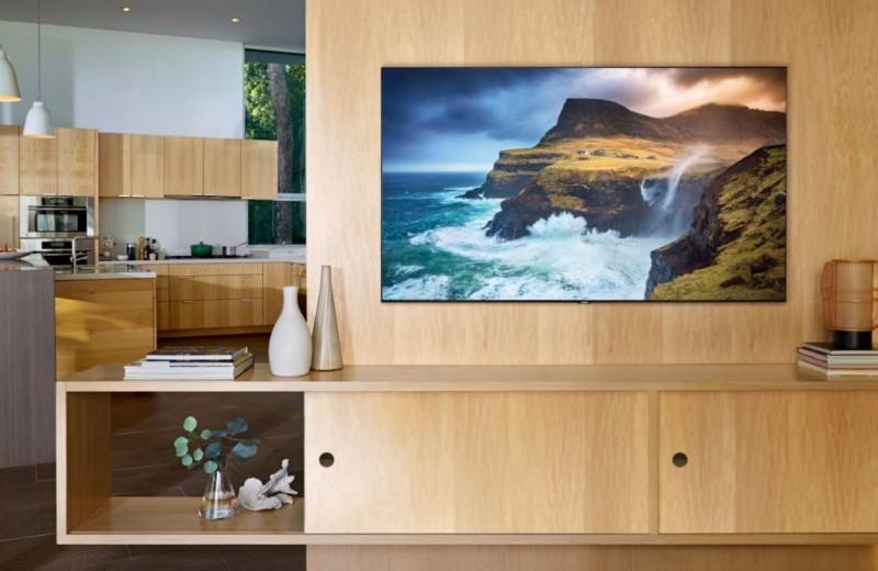 Samsung привезла в Россию 8К и 4K QLED-телевизоры