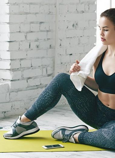 Бодрость на весь день: простой комплекс упражнений для утренней гимнастики