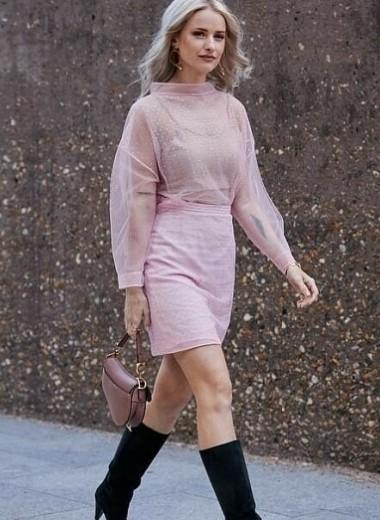 Пудровый цвет в одежде: полный обзор вариантов сочетаний и 3 образа на выход