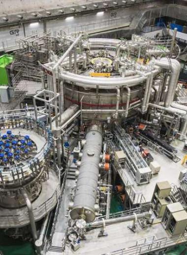На корейском токамаке установили новый рекорд по удержанию плазмы