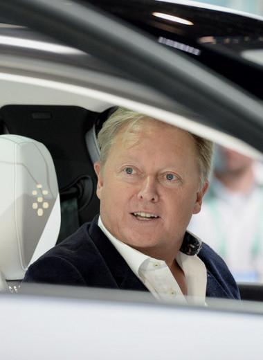 Как создатель автомобиля Бонда и его жена стали миллиардерами, бросив вызов Илону Маску