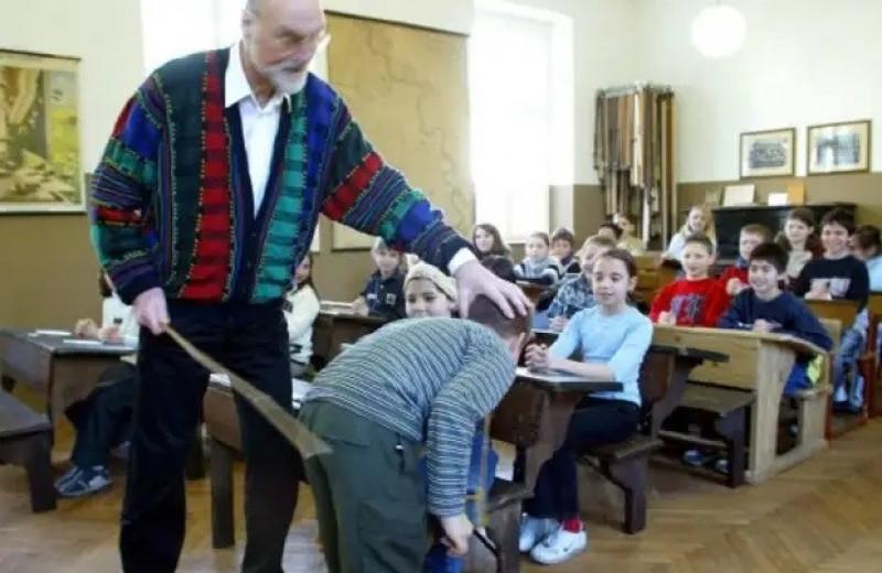 9 диких школьных наказаний в разных странах