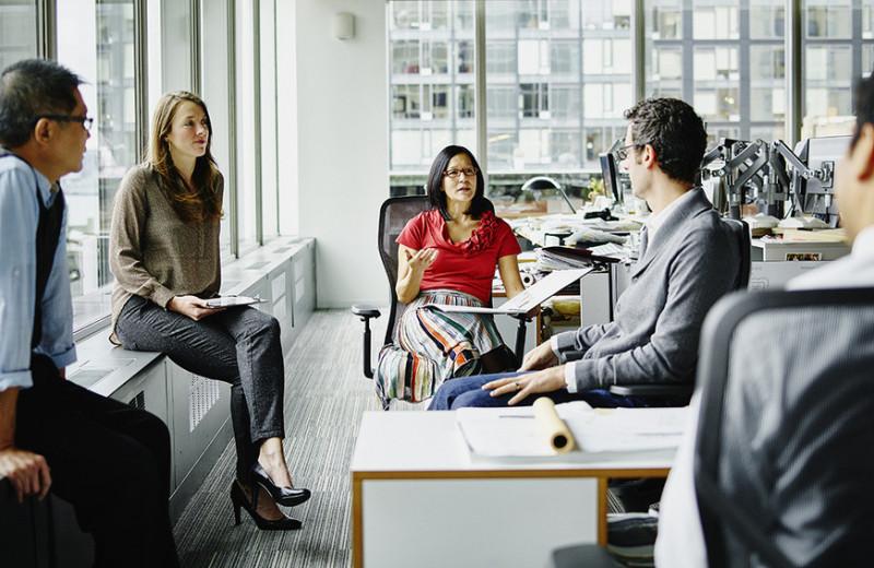 Право на хвастовство: 5 способов обрести уверенность и не стесняться говорить о своих заслугах на работе