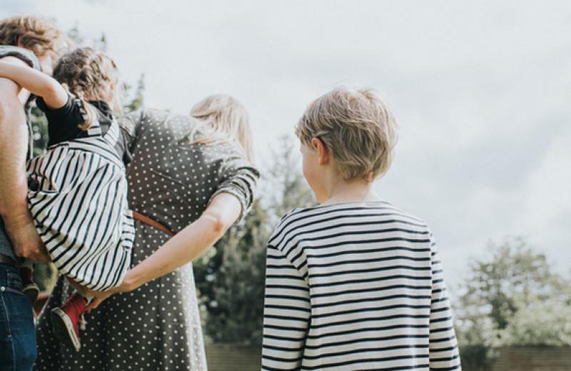 Братья и сестры: как помочь им полюбить друг друга?