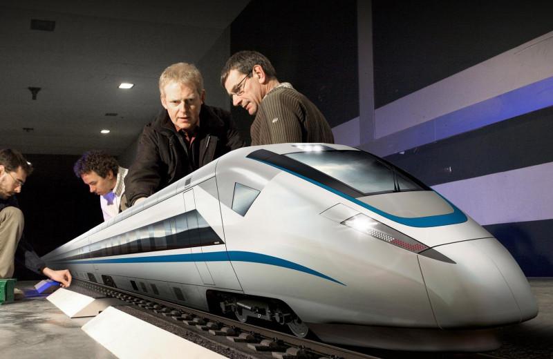 Аэродинамика скоростных поездов: почему ветер не мешает TGV