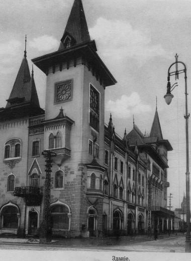 Саратовская консерватория: живая музыка концертов и застывшая музыка архитектуры