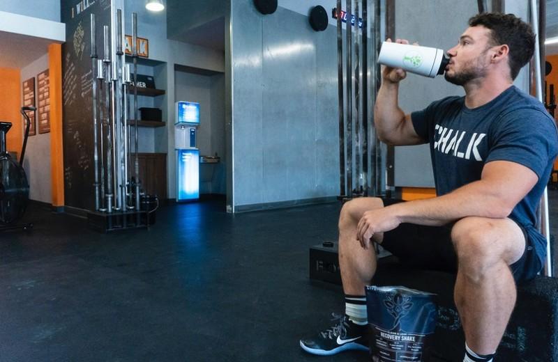 Сколько тебе нужно белка, чтобы нарастить мышечную массу? Ответы на главные вопросы о протеине