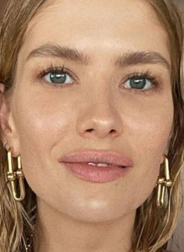 «Мой целлюлит на бедрах стал виден»: Елена Перминова раскрыла модельные трюки