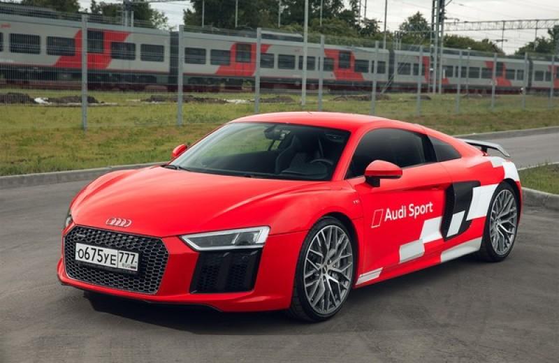Главный суперкар Баварии обновили. Мы об Audi R8, если что
