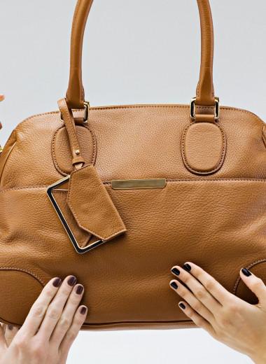 20 лайфхаков, которые помогут тебе ухаживать за любимой сумкой