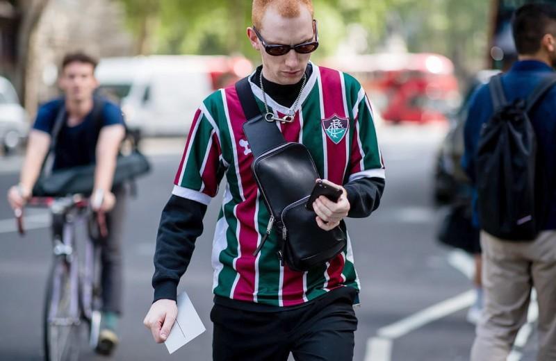 Как носить футбольную форму в обычной жизни