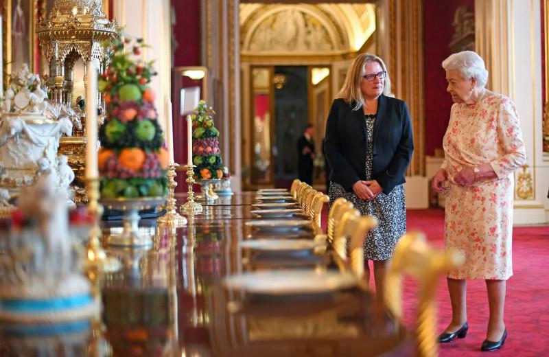 Все сложно: правила приема пищи, которые соблюдает вся королевская семья