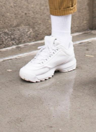 Как выбрать правильные носки к белым кроссовкам