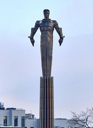 Человек мира: 5 памятников Юрию Гагарину, установленных в необычных местах