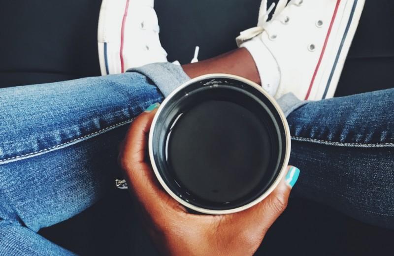 Почему кофе заставляет нас хотеть в туалет по-большому? Ответ найден