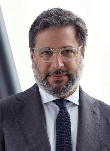 «Конфиденциальный поставщик механизмов»: CEO Parmigiani Fleurier Гвидо Террени о настоящем и будущем мануфактуры