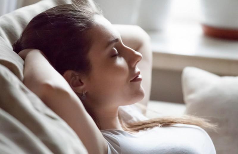 Три упражнения, чтобы лучше слышать свое тело