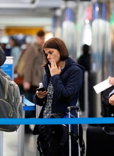 Время уезжать: почему столько людей хотят покинуть Россию