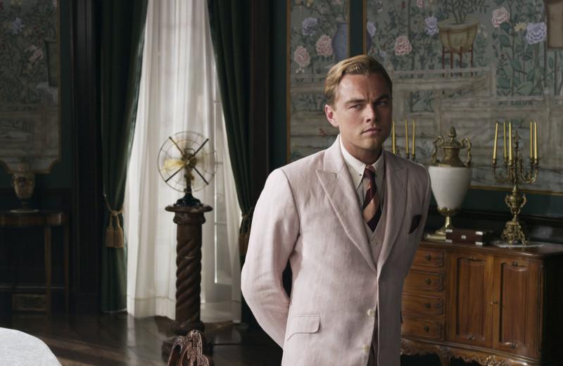 Вне времени: как Леонардо ДиКаприо транслирует с экрана идеальный классический мужской образ с налетом ретро