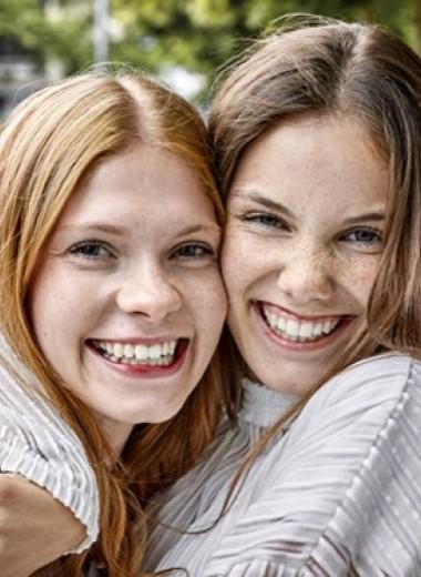 «Объятия лицом» и другие удивительные факты об обнимашках