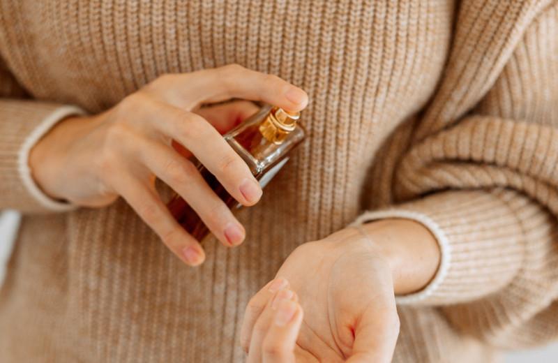 От астмы, тяжелой беременности до заболеваний ЖКТ: как духи влияют на здоровье