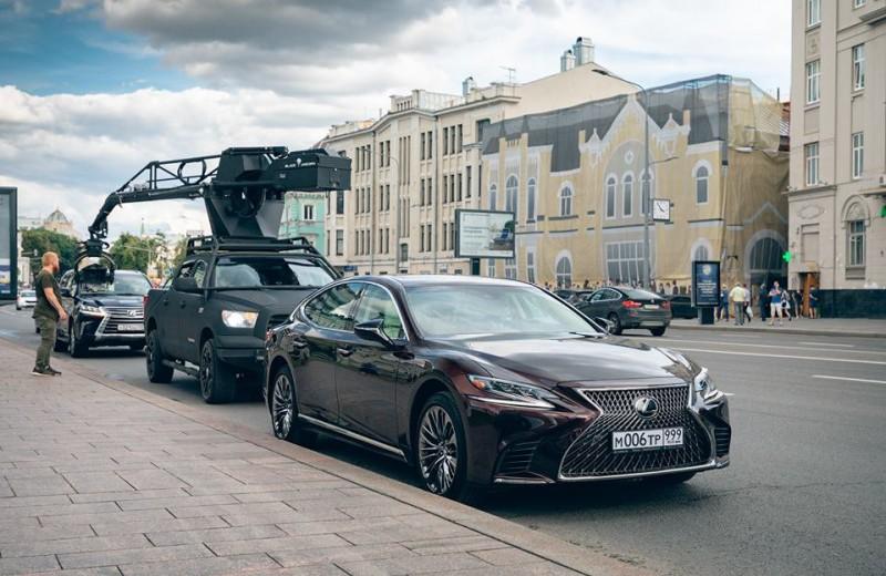 Флагманские модели Lexus раскроют характеры героев в фильме «Ампир V»