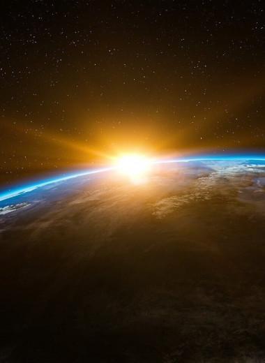 Инопланетяне, кротовые норы и антиматерия: 5 нескучных книг об устройстве вселенной