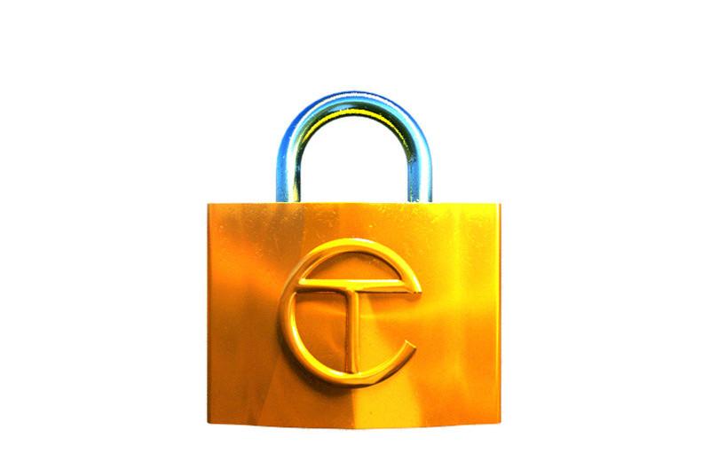 Зачем Telfar открыли предзаказ на свои самые популярные сумки