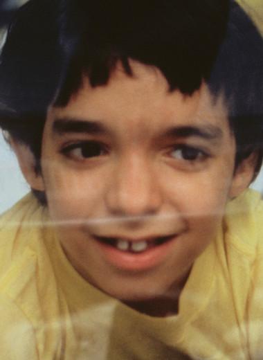 Жил в пузыре, умер от рака: трагическая история мальчика без иммунитета
