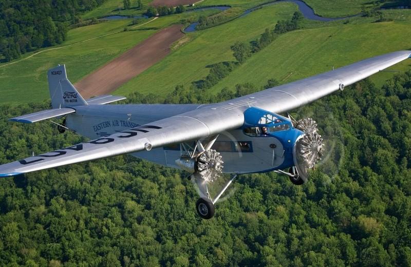 Крылатая машина: как Форд решил покорить небеса