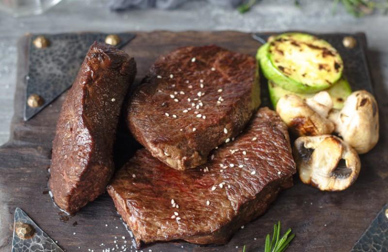 Идеальный стейк: как выбрать хорошее мясо по отличной цене
