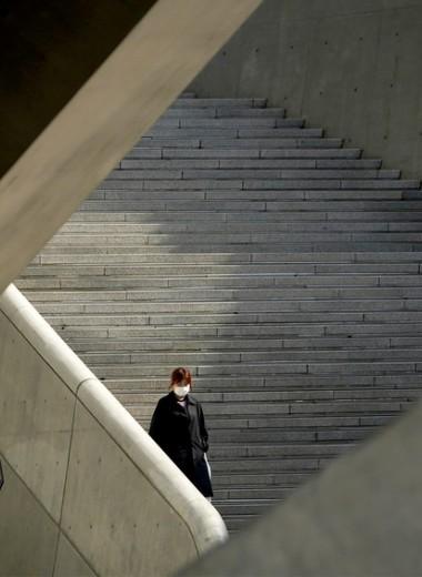 Уличные тесты и СМС-рассылки: как Южная Корея взяла под контроль эпидемию коронавируса